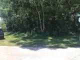 2002 Heathwood Circle - Photo 2