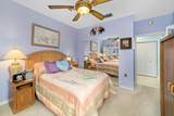 12587 Crystal Pointe Drive - Photo 15