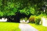 1637 Lakeview Drive - Photo 1