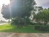 1698 Floresta Drive - Photo 22