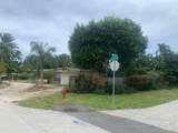1742 7th Terrace - Photo 5