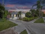 1703 Palmway - Photo 32