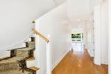 401 Seaside Lane - Photo 2