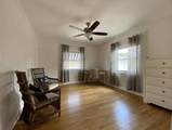 818 Forest Hill Boulevard - Photo 20