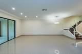 9193 Pecky Cypress Lane - Photo 7