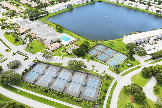 6093 Pointe Regal Circle #401, Delray Beach, FL 33484 (#RX-10737966) :: Michael Kaufman Real Estate