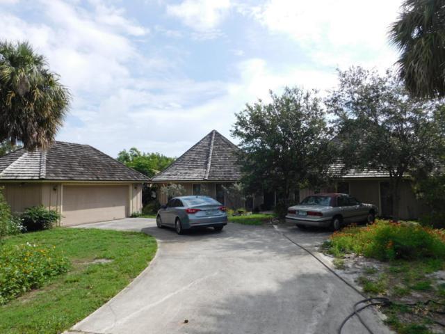4021 NE Sugarhill Avenue, Jensen Beach, FL 34957 (#RX-10343107) :: The Carl Rizzuto Sales Team
