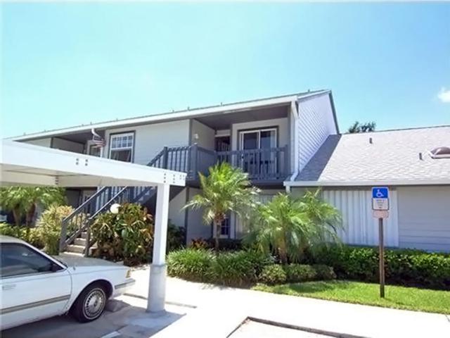 1554 NE Beacon Drive #206, Jensen Beach, FL 34957 (#RX-10344262) :: The Carl Rizzuto Sales Team