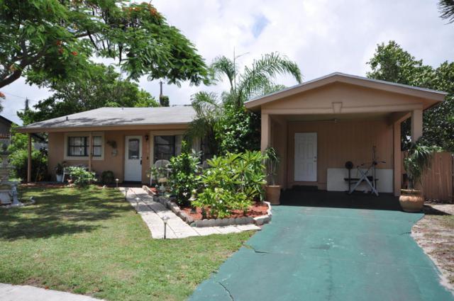619 Lake Osborne Terrace, Lake Worth, FL 33461 (#RX-10345225) :: Amanda Howard Real Estate