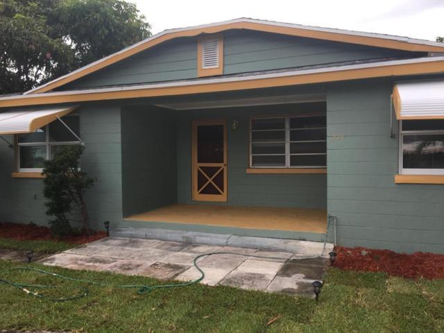 1524 W 36th Street, Riviera Beach, FL 33404 (#RX-10358134) :: Keller Williams