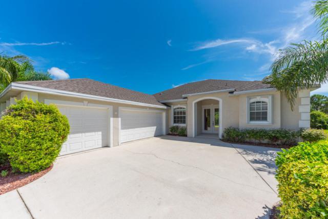 2325 NW Tulip Way, Jensen Beach, FL 34957 (#RX-10359017) :: The Carl Rizzuto Sales Team