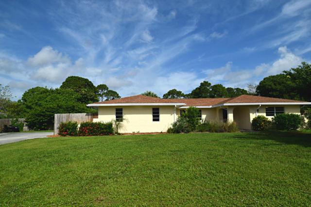2696 NE Cypress Lane, Jensen Beach, FL 34957 (#RX-10359162) :: The Carl Rizzuto Sales Team