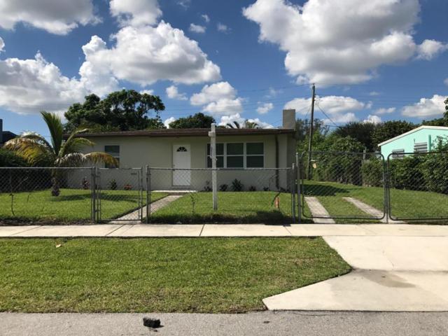 516 Dogwood Road, West Palm Beach, FL 33409 (#RX-10359502) :: Keller Williams