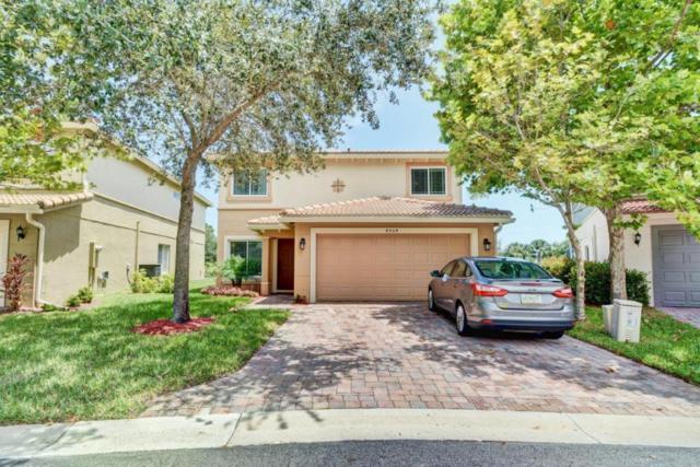 4904 SE Duval Drive, Stuart, FL 34997 (#RX-10360062) :: The Carl Rizzuto Sales Team