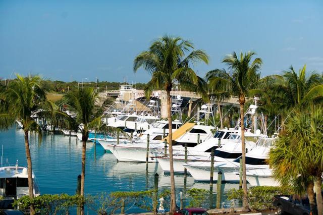 50 S Beach Road #303, Tequesta, FL 33469 (#RX-10364427) :: Amanda Howard Real Estate