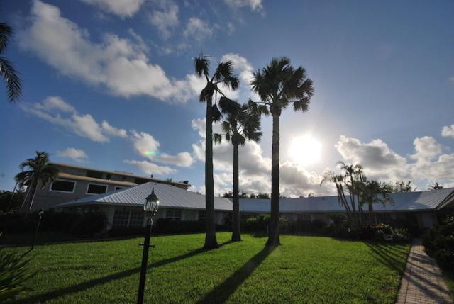 410 Venetian Drive, Delray Beach, FL 33483 (#RX-10373806) :: Amanda Howard Real Estate™