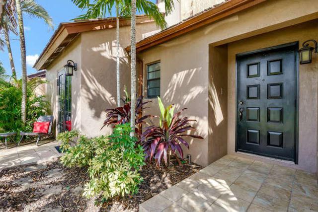 121 Beaumont Lane, Palm Beach Gardens, FL 33410 (#RX-10374062) :: Ryan Jennings Group