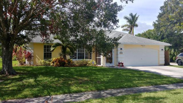 344 NE Camelot Drive, Port Saint Lucie, FL 34983 (#RX-10374414) :: Keller Williams