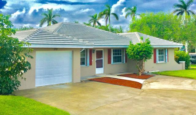 371 Venus Avenue, Tequesta, FL 33469 (#RX-10374662) :: The Carl Rizzuto Sales Team