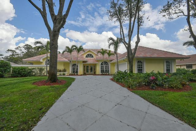 18505 SE Heritage Oaks Lane, Tequesta, FL 33469 (#RX-10396180) :: The Carl Rizzuto Sales Team