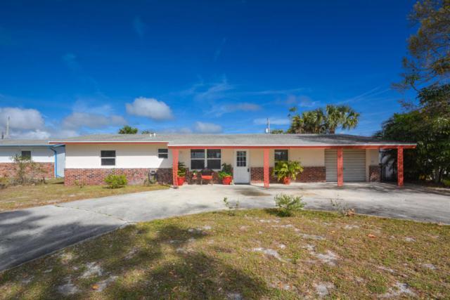 1447 NE Cedar Street, Jensen Beach, FL 34957 (#RX-10404877) :: The Carl Rizzuto Sales Team