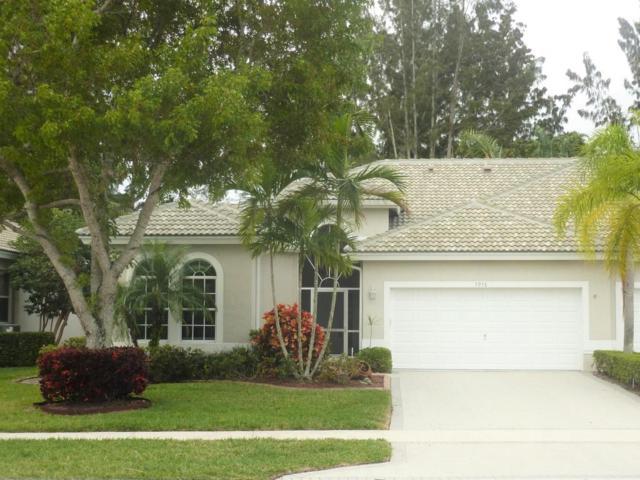 7916 Rockford Road, Boynton Beach, FL 33472 (#RX-10407183) :: The Carl Rizzuto Sales Team