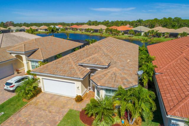 1631 NW Old Oak Terrace, Jensen Beach, FL 34957 (#RX-10413726) :: The Carl Rizzuto Sales Team