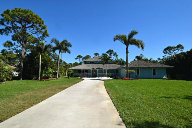 2871 NE Pinecrest Lakes Boulevard, Jensen Beach, FL 34957 (#RX-10413735) :: The Carl Rizzuto Sales Team
