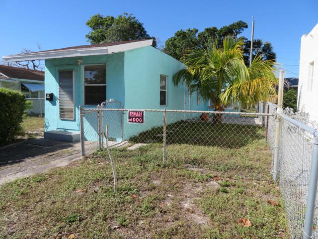 511 N D Street, Lake Worth, FL 33460 (#RX-10430724) :: Ryan Jennings Group