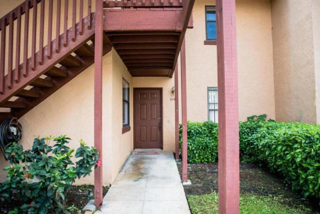 2103 Lakeview Drive W, Royal Palm Beach, FL 33411 (#RX-10432604) :: Ryan Jennings Group