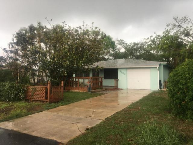 3132 NE Spruce Ridge Avenue, Jensen Beach, FL 34957 (#RX-10433015) :: The Carl Rizzuto Sales Team