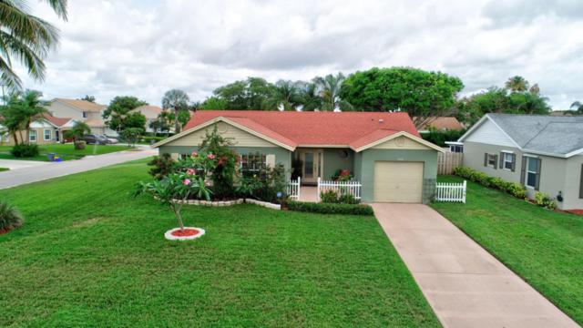9806 Goldenrod Drive, Boynton Beach, FL 33437 (#RX-10433100) :: Ryan Jennings Group