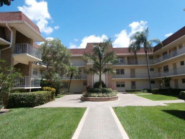 5580 Tamberlane Circle #140, Palm Beach Gardens, FL 33418 (#RX-10433134) :: Blue to Green Realty