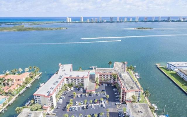105 Paradise Harbour Boulevard #412, North Palm Beach, FL 33408 (#RX-10441998) :: Ryan Jennings Group