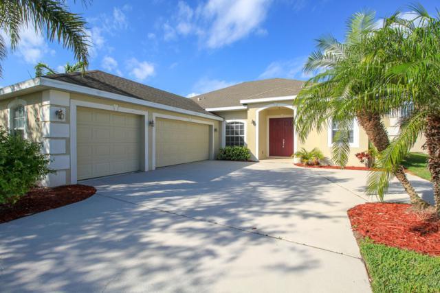 438 NW Sunflower Place, Jensen Beach, FL 34957 (MLS #RX-10442709) :: Laurie Finkelstein Reader Team