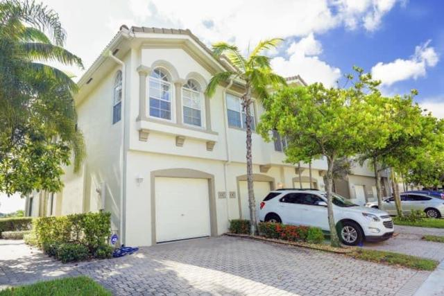 3082 Laurel Ridge Circle, Riviera Beach, FL 33404 (#RX-10445902) :: Ryan Jennings Group