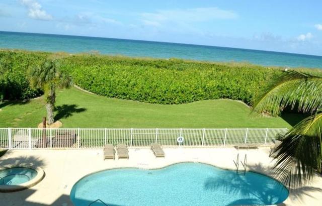 1550 S Ocean Drive B10, Fort Pierce, FL 34949 (#RX-10448643) :: The Reynolds Team/Treasure Coast Sotheby's International Realty