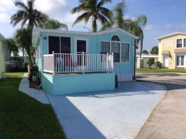 692 Nettles Boulevard, Jensen Beach, FL 34957 (#RX-10449246) :: The Reynolds Team/Treasure Coast Sotheby's International Realty