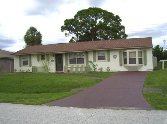 1065 SW Janette Avenue, Port Saint Lucie, FL 34953 (#RX-10449322) :: Ryan Jennings Group