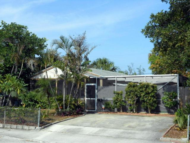 314 N D Street, Lake Worth, FL 33460 (#RX-10449326) :: Ryan Jennings Group