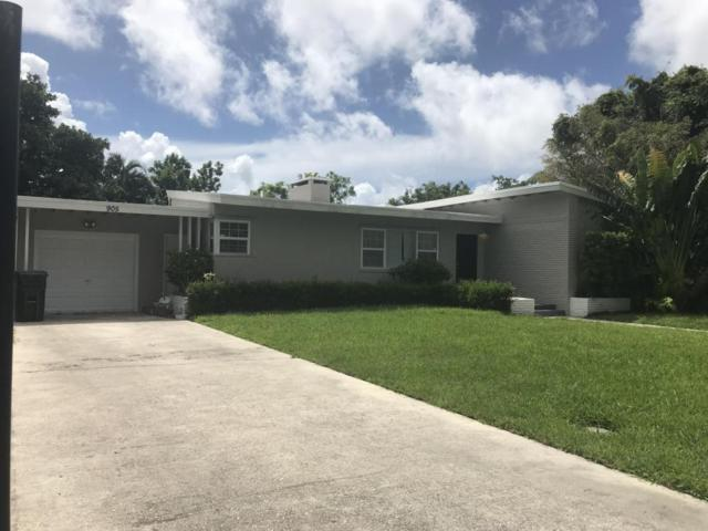 905 N Swinton Avenue, Delray Beach, FL 33444 (#RX-10449954) :: The Reynolds Team/Treasure Coast Sotheby's International Realty