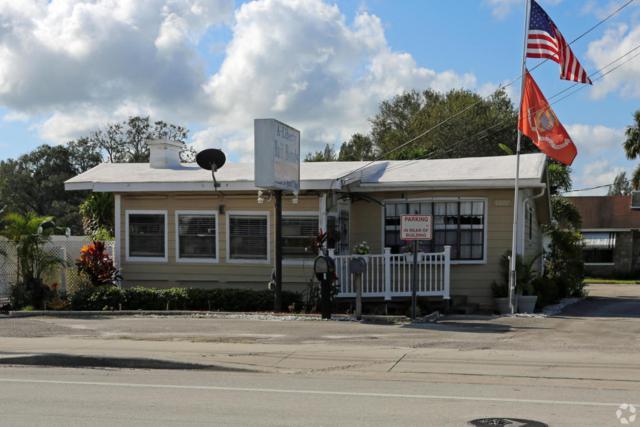 5807 Orange Avenue, Fort Pierce, FL 34947 (#RX-10450357) :: Ryan Jennings Group