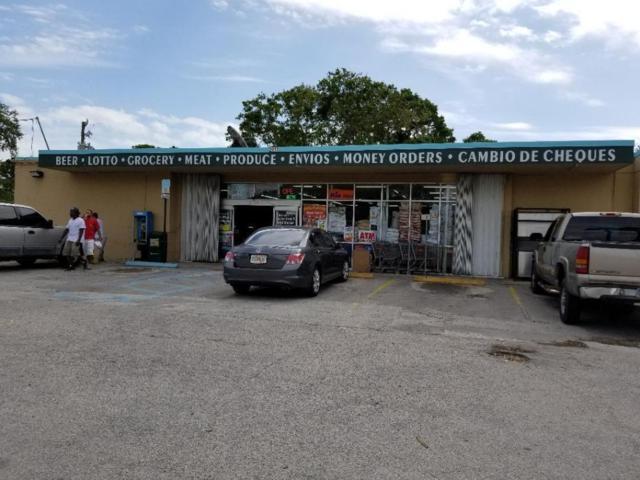 2911 Okeechobee Road, Fort Pierce, FL 34947 (#RX-10450751) :: Ryan Jennings Group