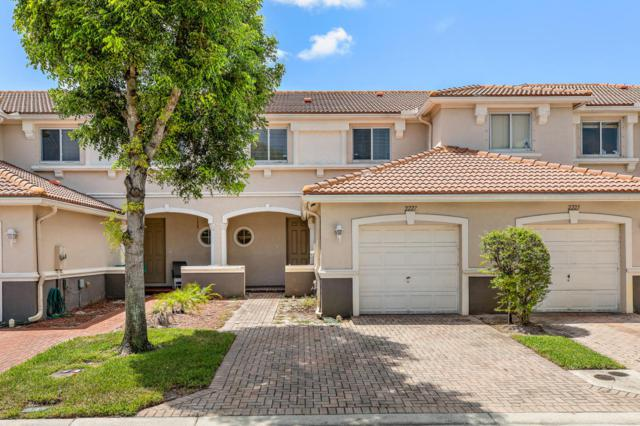 2227 Oakmont Drive, Riviera Beach, FL 33404 (#RX-10454697) :: The Haigh Group | Keller Williams Realty