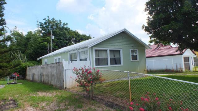437 Summa Street, West Palm Beach, FL 33405 (#RX-10455985) :: The Reynolds Team/Treasure Coast Sotheby's International Realty