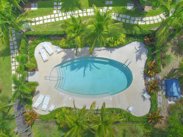 10175 S Ocean Drive #1, Jensen Beach, FL 34957 (#RX-10457193) :: The Carl Rizzuto Sales Team