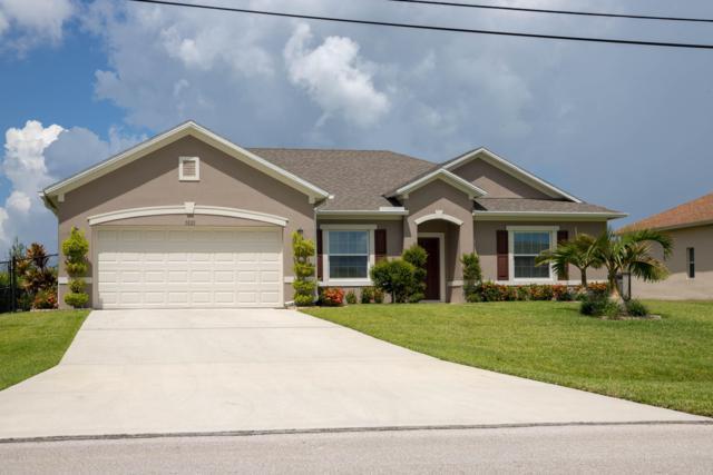 5820 NW Dana Circle, Port Saint Lucie, FL 34986 (#RX-10457409) :: The Carl Rizzuto Sales Team