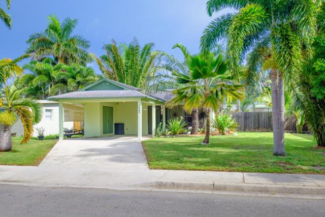 909 Chippewa Street, Jupiter, FL 33458 (#RX-10458993) :: The Reynolds Team/Treasure Coast Sotheby's International Realty