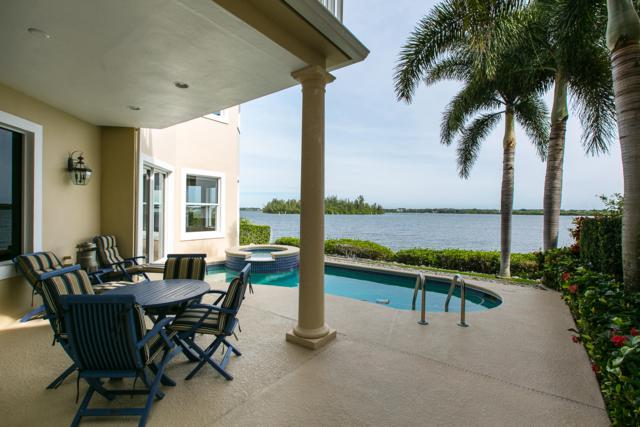 5510 E Harbor Village Drive, Vero Beach, FL 32967 (#RX-10459798) :: The Reynolds Team/Treasure Coast Sotheby's International Realty