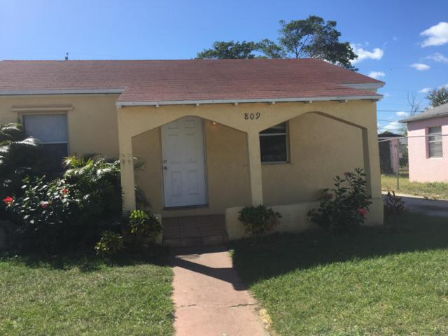 809 W 5th Street, Riviera Beach, FL 33404 (#RX-10461023) :: Ryan Jennings Group